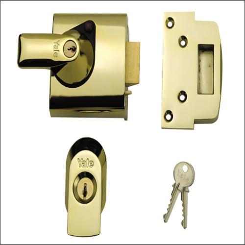 Yale Bs1 Standard Lock Brasslux Finish Visi London Power